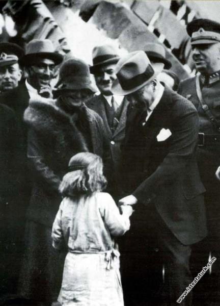 Atatürk Dörtyol'da