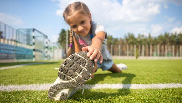 'Yanlış ayakkabı çocuğun ayak sağlığını bozabilir'